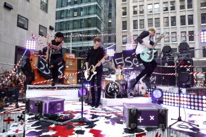 5 seconds of summer LiveSos album sortie