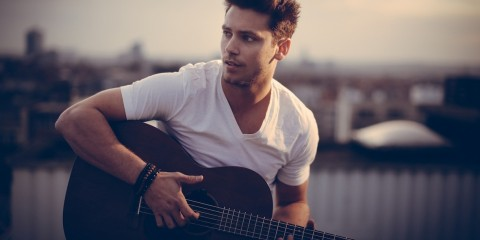 BASTIAN BAKER LEAVING TOMORROW - AZIKMUT