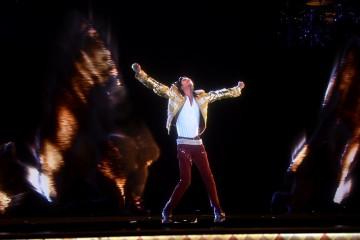 Michael Jackson Billboard - Azikmut