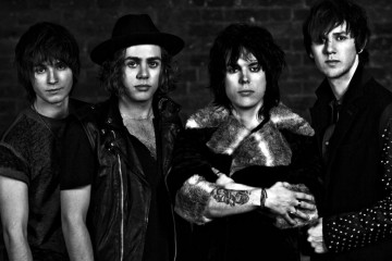 THE STRUTS LIVE KISS THIS - AZIKMUT