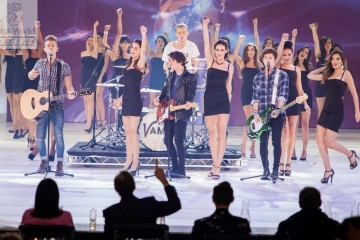 The Vamps Miss Monde 2014