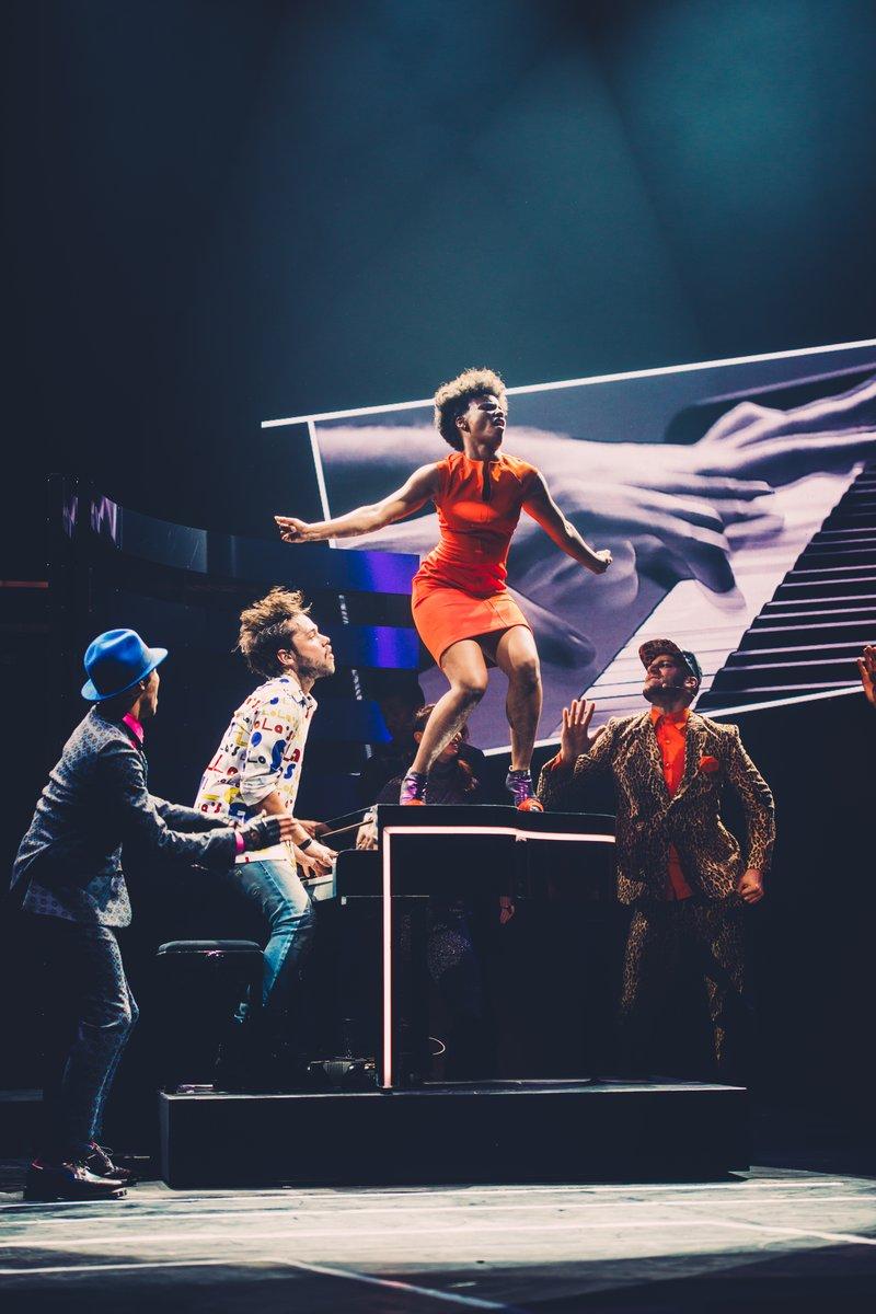 resiste-comedie-musicale,la-gorupie-du-pianiste-troupe-spectacle